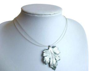 Collier/Juwelierdraht 925 Silber mit Chrysanthemenblatt Silber/grün